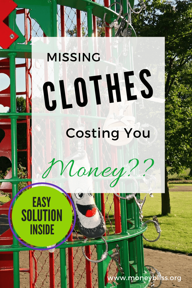 How to stop losing things at school. Solution for missing jackets, gloves, and hats. Avery washable labels. Avery No-Iron Labels. Save money. Money Tips.
