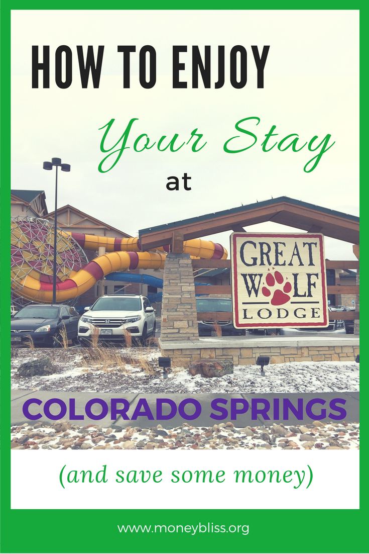 Great Wolf Lodge Colorado Springs Review. 10 Tips on How to Enjoy your stay at Great Wolf Lodge Colorado Springs. Plus save some money! Travel with kids.