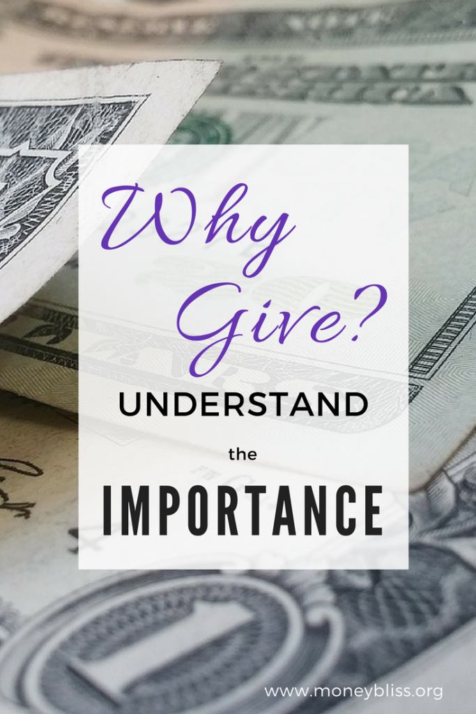 Why Give Money? Understand the importance. Giving vs. pay it forward. Why give when ends barely meet? #givemoney #giving #payitforward