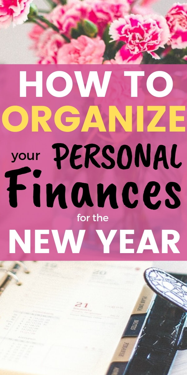 Learn what you need to do to FINALLY get organized with your money in the new year. Step by step instructions to set up a financial binder and bill organization plus get rid of the paper clutter for good. All in 8 simple steps to get ahead and reach financial independence. #clutter #money #finances #moneybliss