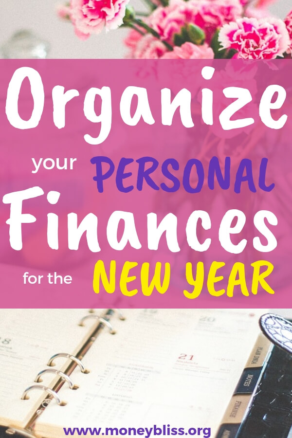 Start the new year off right with how to organize your finances. Find free printables to help you succeed. Great post filled with tips and ideas on how to create a bill organization system, track net worth, figure out all of your accounts, budget and more! #personalfinance #organize #budget #newyear #moneybliss