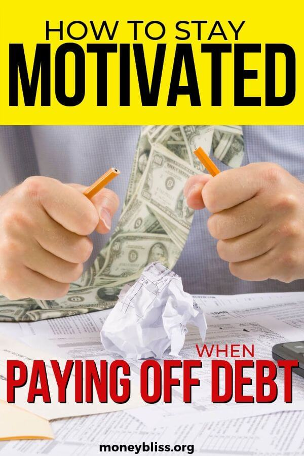 This is exactly how I stayed motivated when paying off debt. Get on track today with the free debt worksheet printables and debt thermometer. Find your motivation to get out of debt!