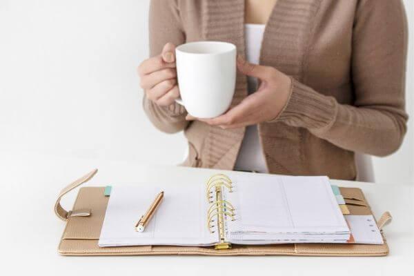 wya to organize personal finances