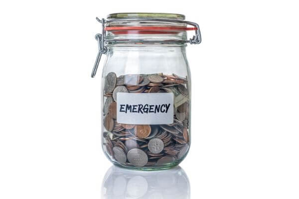 Is it better to have an emergency fund or pay off debt?